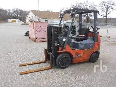 2005 TOYOTA 7FGCU20 4000 Lb Forklift