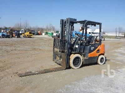 2014 DOOSAN G30E5 5450 Lb Forklift