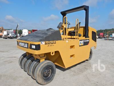 2001 CATERPILLAR PS150B 9 Wheel Pneumatic Roller