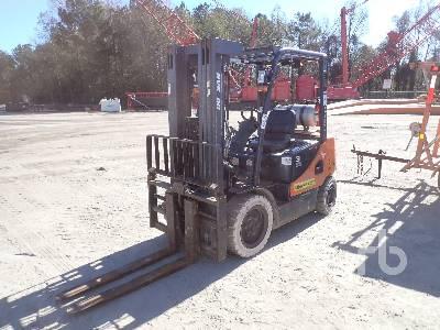 2015 DOOSAN G30E5 DF 5450 Lb Forklift