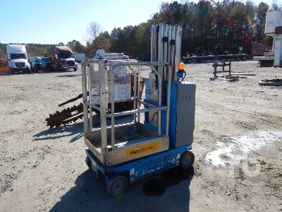 2012 GENIE GR20 Electric Material Lift