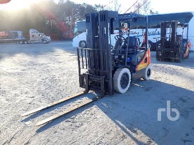 2013 DOOSAN G25P5 3850 Lb Forklift