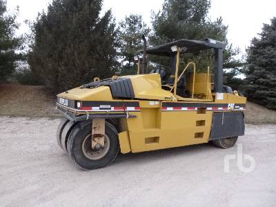 2000 CATERPILLAR PS300B 7 Wheel Pneumatic Roller