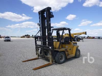 1998 DAEWOO D70 13000 Lb Forklift