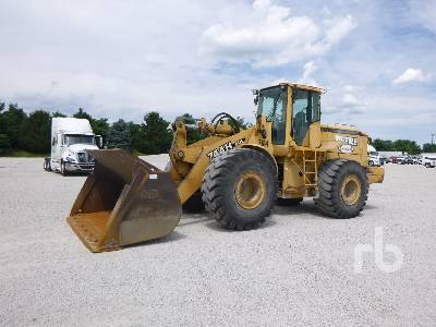 1997 JOHN DEERE 744H Wheel Loader