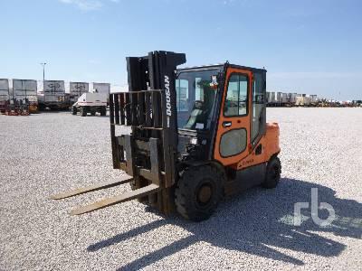 2011 DOOSAN D35S5 6950 Lb Forklift