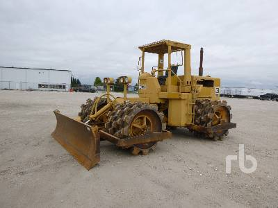 1980 CATERPILLAR 815 Soil Compactor