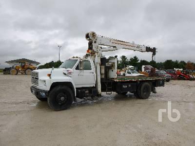 1988 FORD F8000 w/JLG 8008T 16000 Lb Boom Truck
