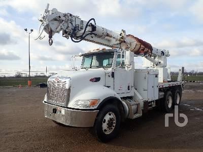 2007 PETERBILT 335 Digger Derrick Truck
