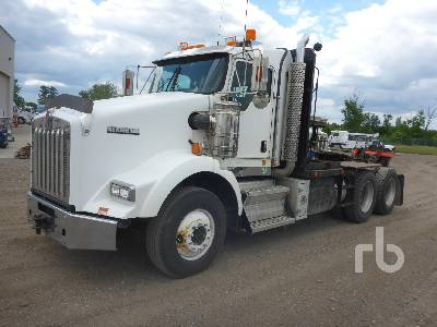 2011 KENWORTH T800 T/A Winch Tractor