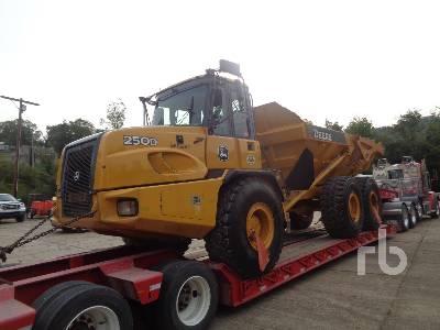 2012 JOHN DEERE 250D Series II 6x6 Articulated Dump Truck