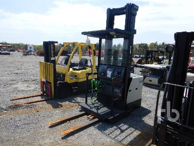 2013 CROWN SP3520-30 3000 Lb Order Picker Electric Forklift