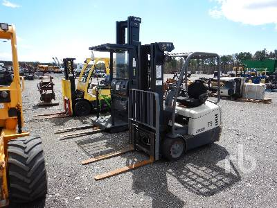 CROWN SC5225-30 1850 Lb Electric Forklift