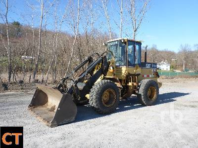 1998 CATERPILLAR IT24F Integrated Tool Carrier