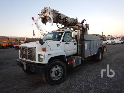 2002 GMC C8500 Digger Derrick Truck