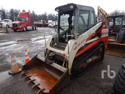 2012 TAKEUCHI TL230 SERIES 2 Compact Track Loader