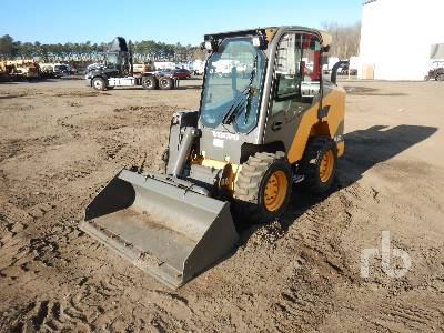 2016 VOLVO MC135C Skid Steer Loader