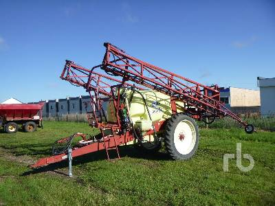 HARDI CM1200 Commander 95 Ft High Clearance Sprayer