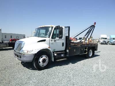 2006 INTERNATIONAL 4200SBA S/A Rig-Up Truck