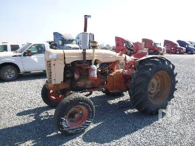 1955 CASE 400 2WD Antique Tractor