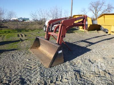 GREAT BEND 440 86 In. Hydraulic Tractor Loader