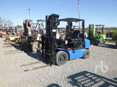 1998 KOMATSU FG25C12 4050 Lb Forklift