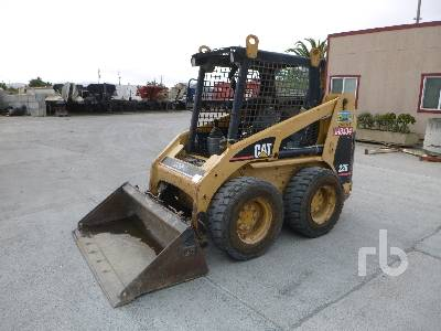 2002 CATERPILLAR 226 Skid Steer Loader