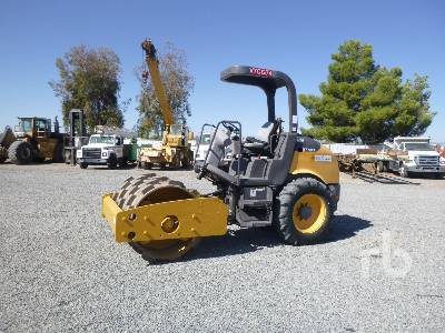 2014 VOLVO SD45 Vibratory Padfoot Compactor