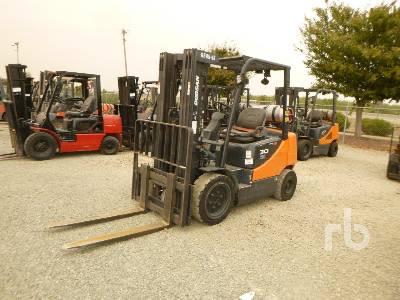 2013 DOOSAN G30E3-5LP 5450 Lb Forklift