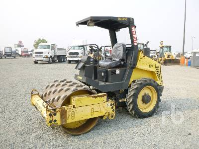 2006 BOMAG 124PDH3 Vibratory Padfoot Compactor