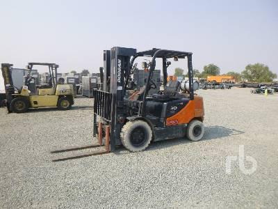 2009 DOOSAN G30P5 4700 Lb Forklift