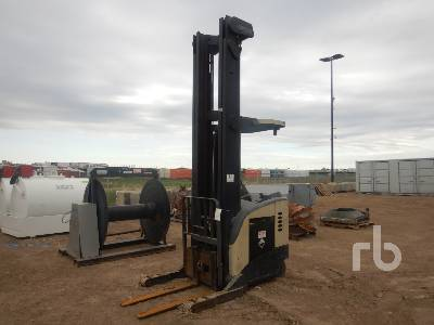 2000 CROWN RR5000 Electric Forklift