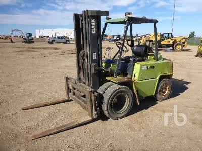 CLARK C500-YS80 Forklift