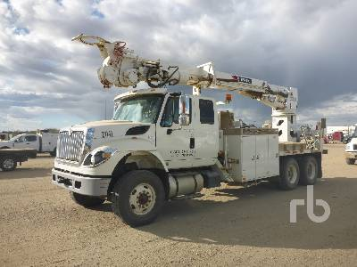 2014 INTERNATIONAL 7400 WORKSTAR Ext Cab T/A w/Terex Commander C6060 Digger Derrick Truck