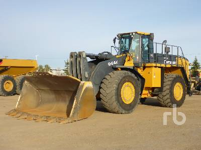 2016 JOHN DEERE 944K Wheel Loader