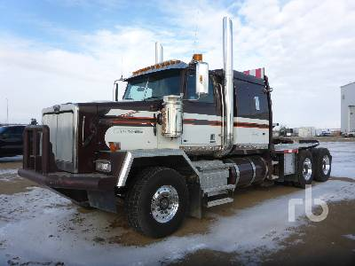2013 WESTERN STAR 4900SA T/A Sleeper Winch Tractor