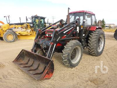 1985 CASE IH 1594 MFWD Tractor