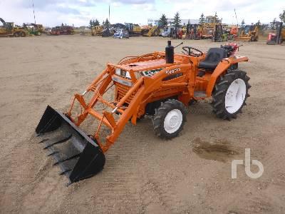 KUBOTA L118 4WD Utility Tractor