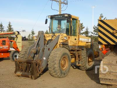 1997 VOLVO L90C Wheel Loader