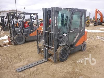 2017 DOOSAN G25N-7 Forklift