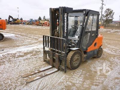 2013 DOOSAN D35S-5 Forklift