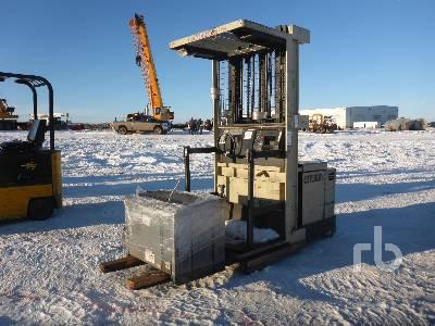 CROWN 30SP36TT 3000 Lb Electric Forklift