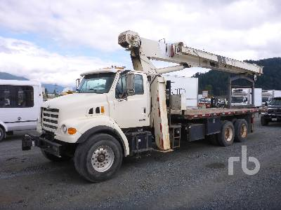 2004 STERLING L7500 T/A w/National 800D Boom Truck