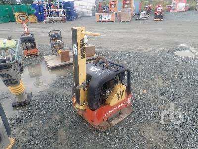DYNAPAC LG300D Plate Compactor