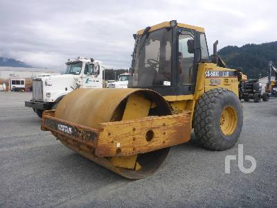 1995 CATERPILLAR CS563C Vibratory Roller