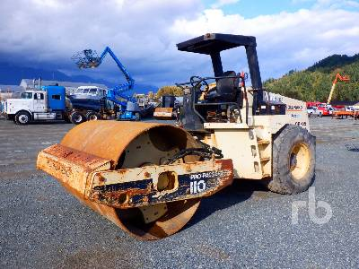 1999 INGERSOLL-RAND SD-110D Propac Vibratory Roller