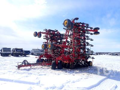 2012 BOURGAULT 3320PHD QDA 76 Ft Air Drill