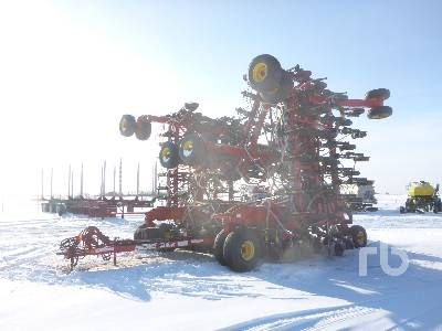 2009 BOURGAULT 3310PHD 65 Ft Air Drill