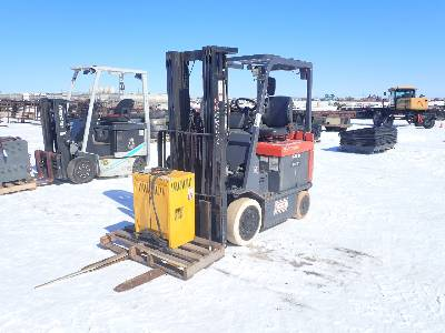TOYOTA 7FBCU25 Electric Forklift