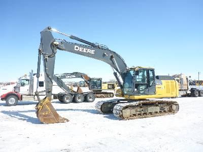 2013 JOHN DEERE 210G LC Hydraulic Excavator